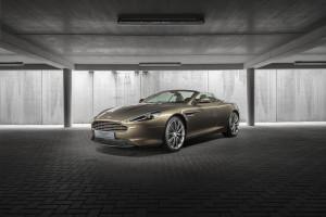 Aston Martin DB9 Volante Front